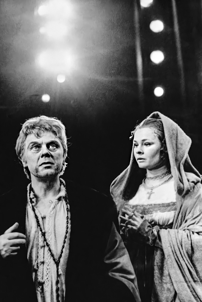 Marius Goring as Angelo and Judi Dench as Isabella in Shakespeare's 'Measure for Measure' at the Royal Shakespeare Theatre, Stratford 1962
