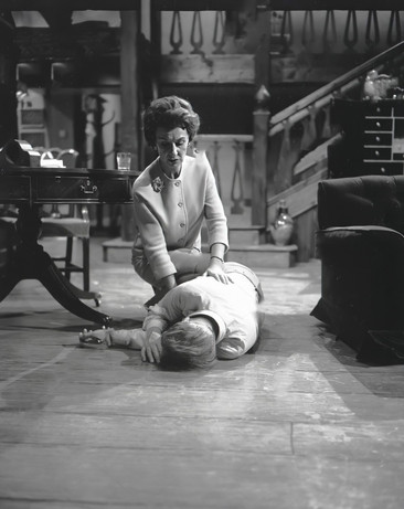 Patricia Jessel as Miss Forbes and Marius Goring as Charles Norbury in The Sound of Murder