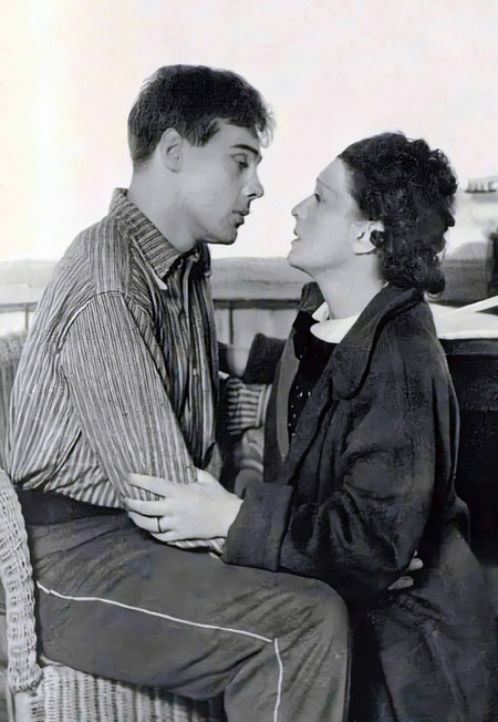 Marius Goring and Lucie Mannheim in Girl Unknown 1936. This was their first performance together.