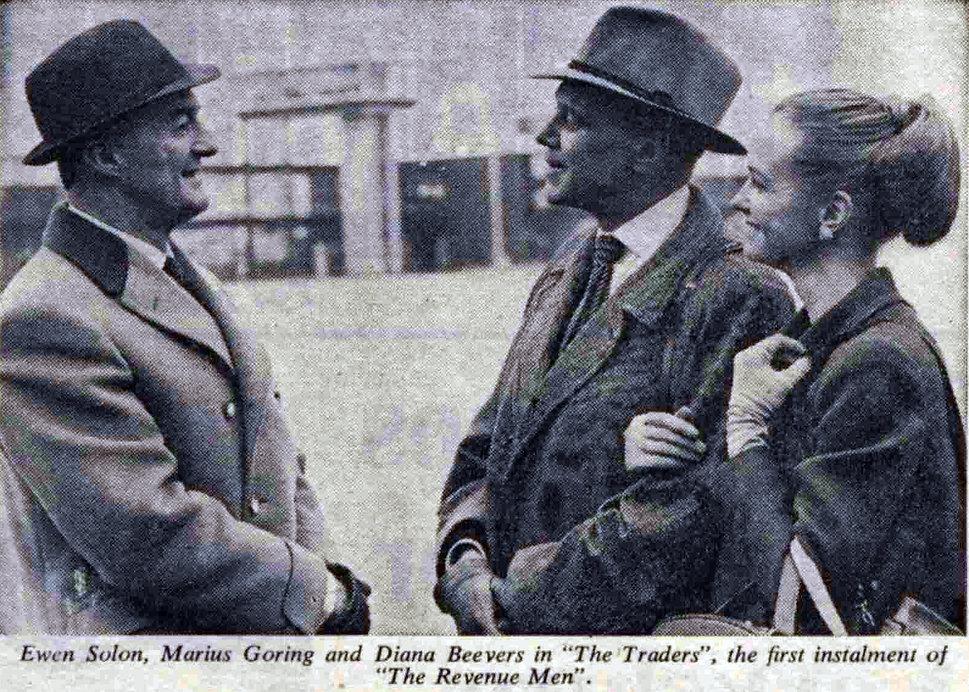 Ewen Solon, Marius Goring & Diana Beevers in The Revenue Men - The Traders 1967