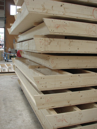 06-13 Produktion Holzbau.jpg
