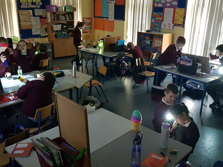 Science Week : Experiments with Light.