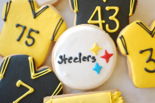 2016 Cakes & Cookies Dec 3 026.JPG