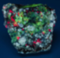 Fluorescent Tugtupite, Analcime, Chkalovite
