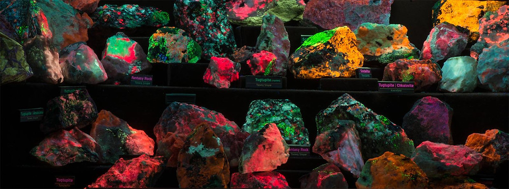 Greenland Fluorescent Mineral Display