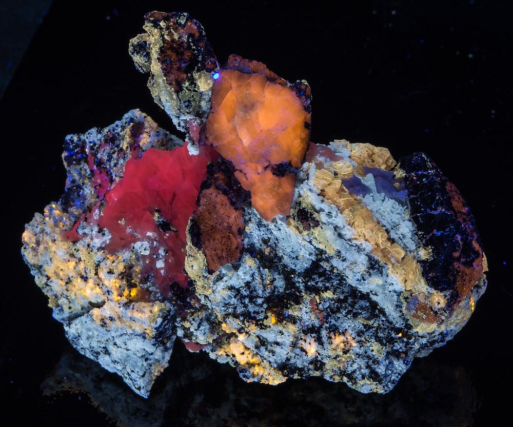 Afghanite, Calcite, Phlogopite - Fullwave - Badahkshan, Afghanistan