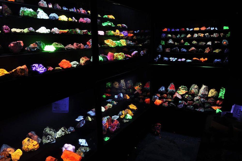 Worldwide Glowrocks