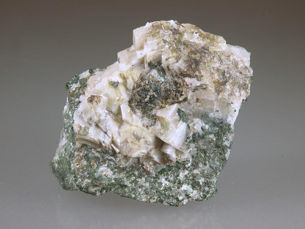 Powellite - White Light
