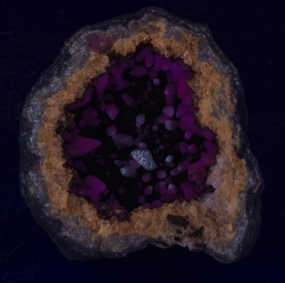 Geode uner midwave