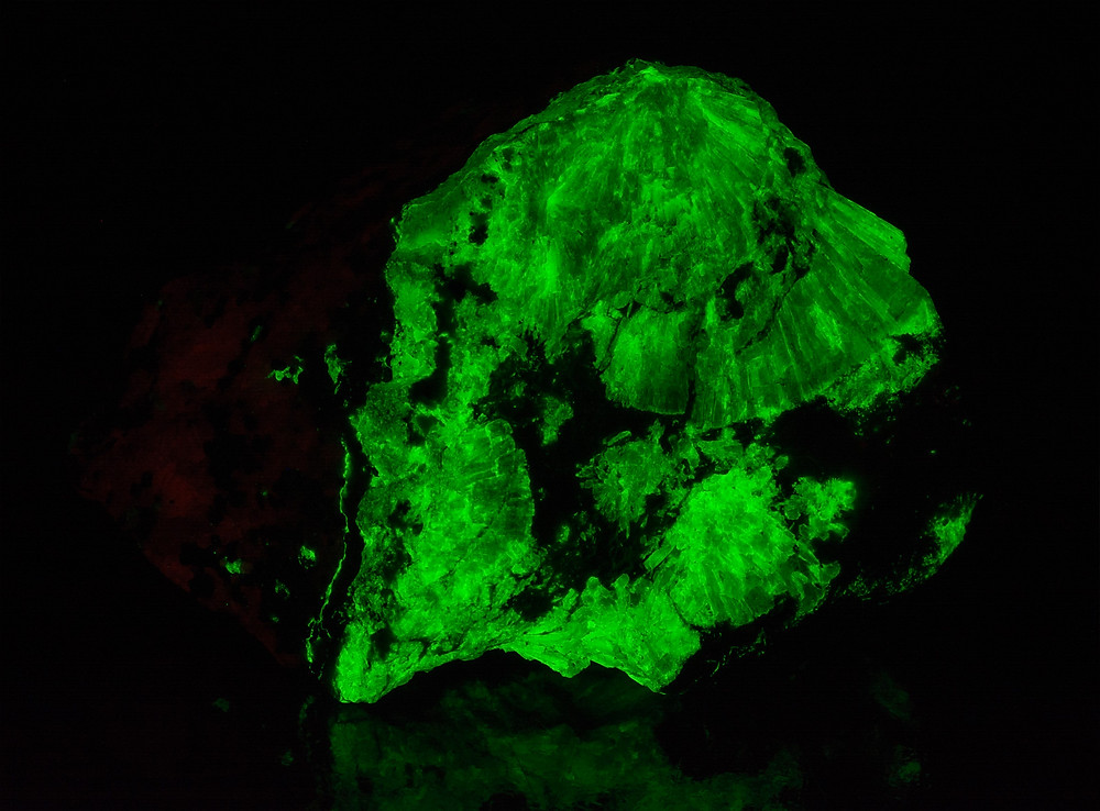 Radiating Willemite - Franklin, NJ - Phosphorescent