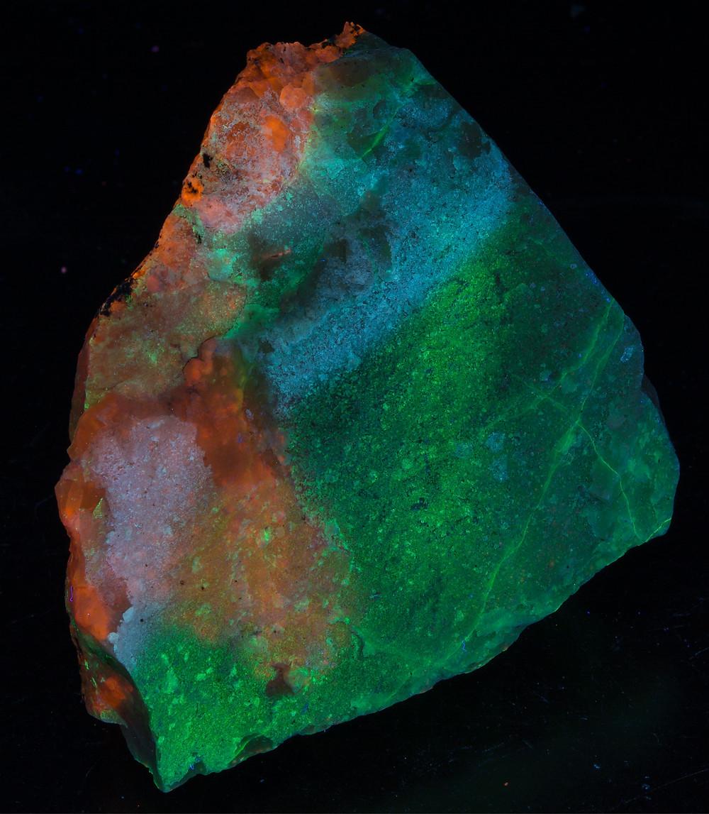 Ussingite and Sodalite - Shortwave
