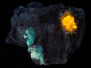 Vorobyevite, Apatite, on Feldspar - Afghanistan