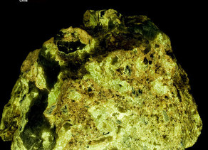 Powellite - Jardinera #1 Mine, Inca De Oro, Chile