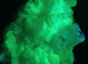 Aragonite with what appears to be a coating of Chalcedony