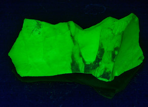 Could this be the Brightest Fluorescent Mineral on Earth? - Opalite from Virgin Valley, Nevada