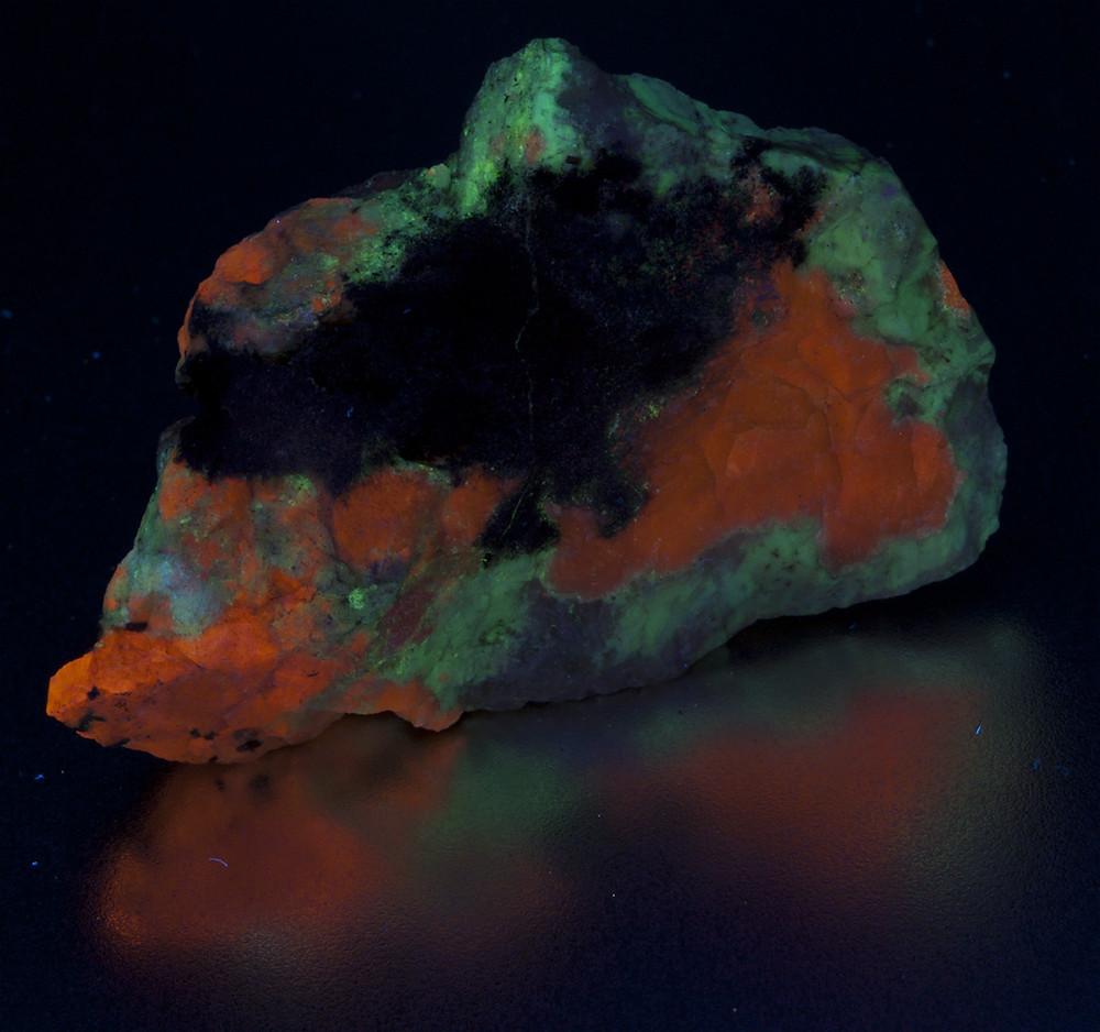 Sodalite, Natrolite, Ussingite - Greenland