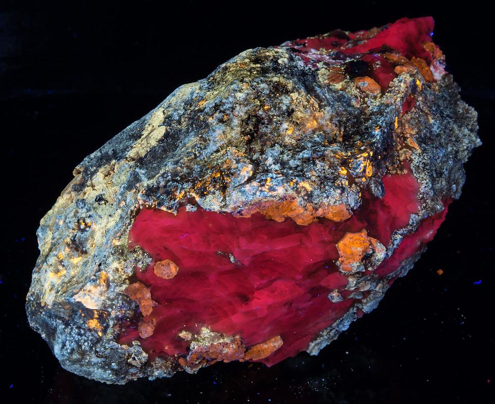 Afghanite, Calcite, Marialite, Phlogopite - Fullwave, Afghanistan
