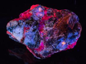 Hauyne, Gonnardite, Phlogopite, Calcite - Afghanistan