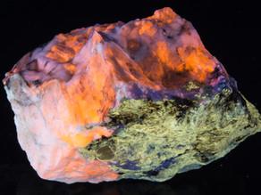Hauyne, Gonnardite, Calcite, Phlogopite - Afghanistan