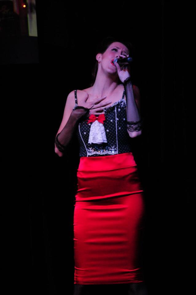 Melanie Solo singing