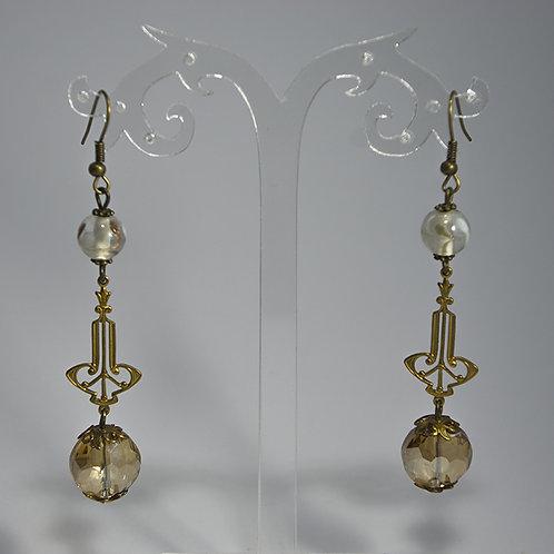Boucles d'oreilles 1742