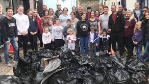 Y-tea of the Lake District Teams up With Local Businesses to Clean up Town and Beach