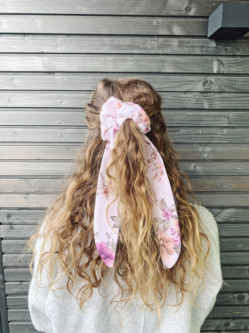 Scrunchie with Bow - Rosé Flower