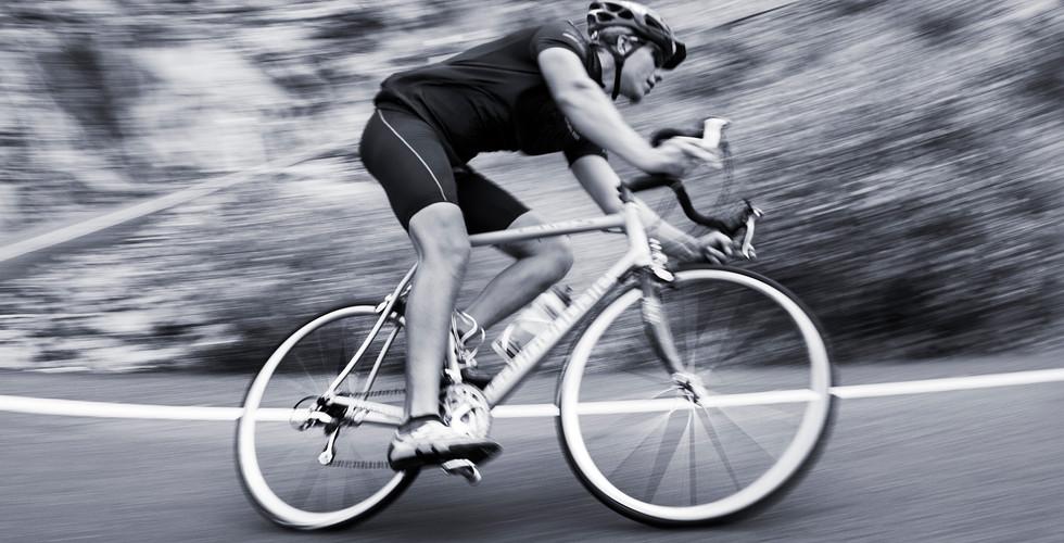 iStock-175431427 Modilus - Rennradfahrer