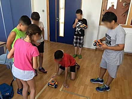 How is moving better? Programming an Engino Robot to navigate through a maze!