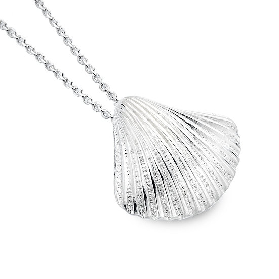 Ocean Dream Scallop Shell Pendant