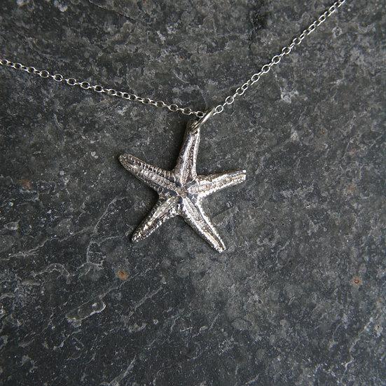 Sennen Starfish Pendant, Natural Silver