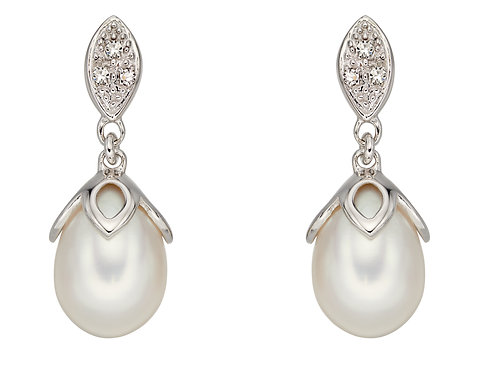 White Gold Earrings with Freshwater Pearl