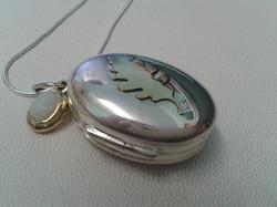 oak locket small.jpg