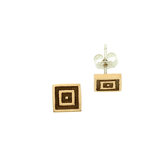 Bronze square stud earrings