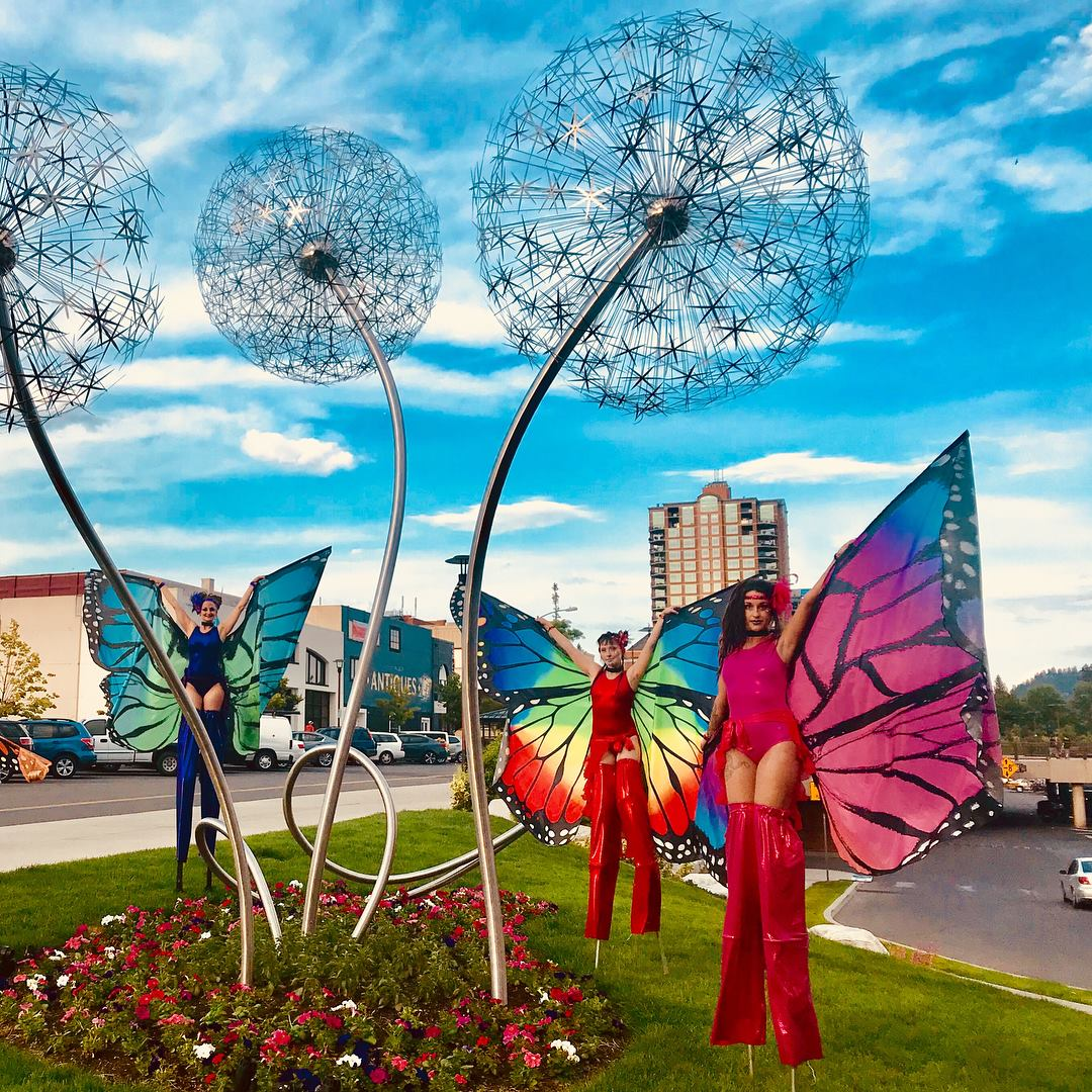 Stiltwalkers in Coeur d' Alene