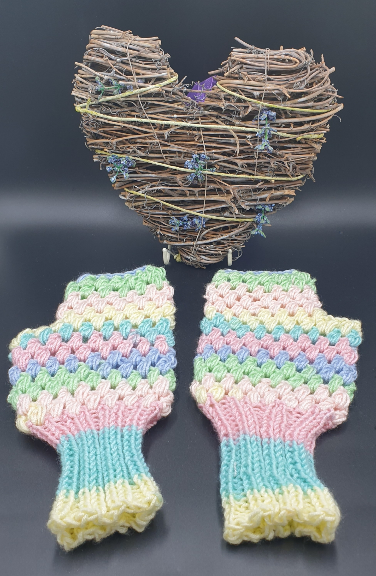 Craft Illusion Fingerless Mittens