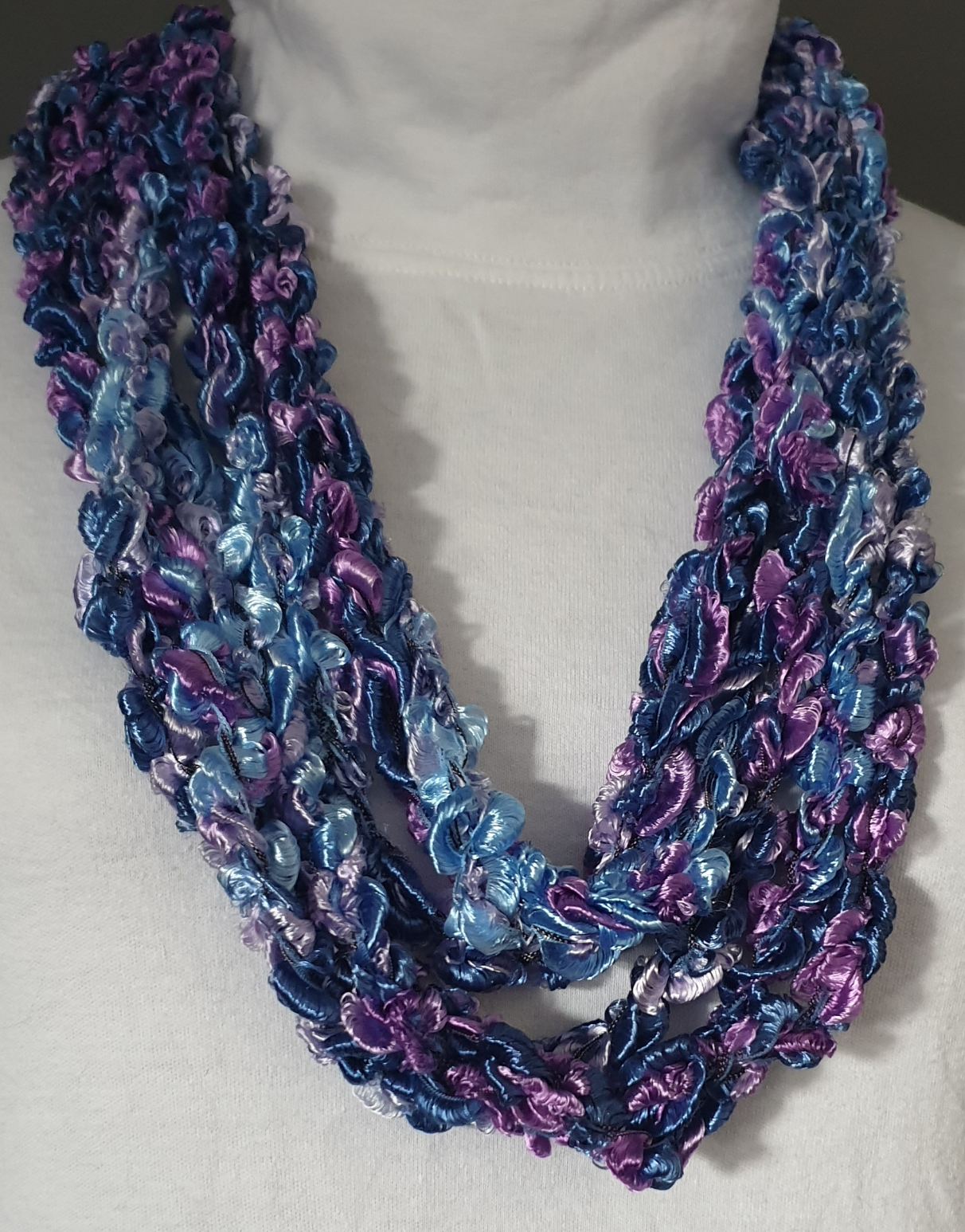 Versatile Ribbon Necklace