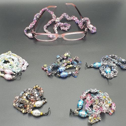 Spec Holder Chains