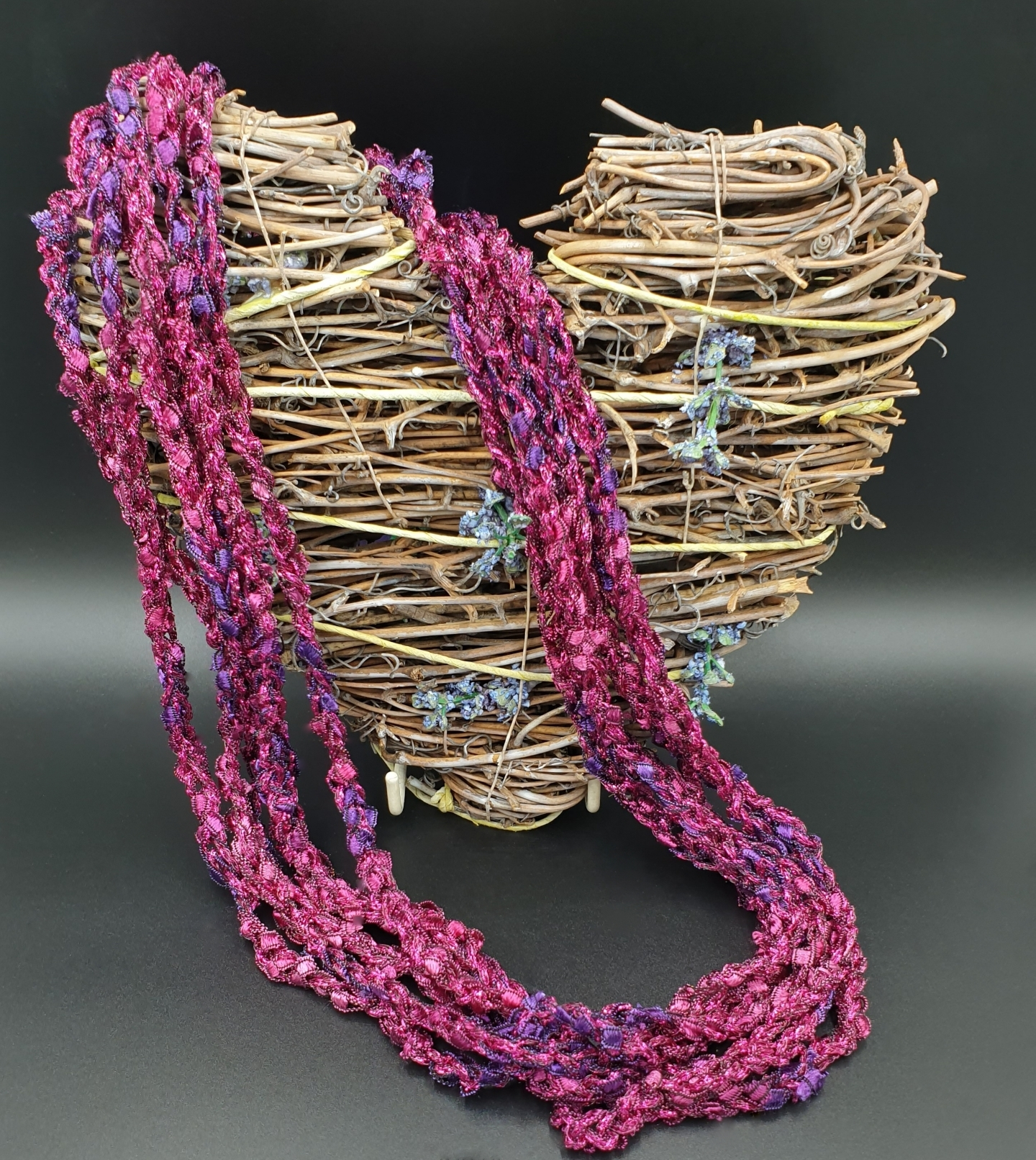 Many ways to wear necklace