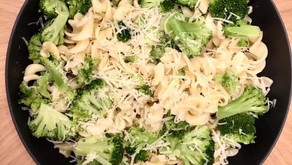 Quick Meals: Organic Pasta with Non-Dairy Parmesan and Broccoli Florets