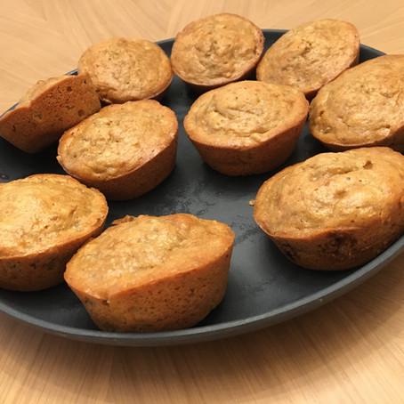 Super Easy Flourless Peanut Butter Muffins