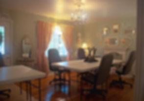 miss_lillies_livingroom_1.jpg