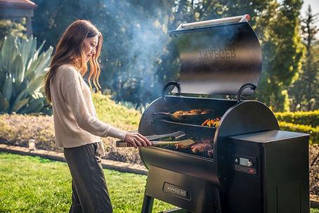 ironwood-885-woman-grilling.jpg
