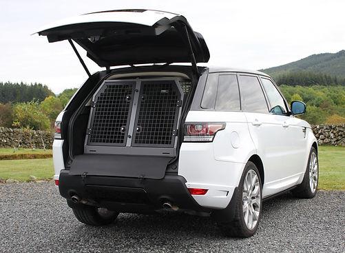 B26 Range Rover Sport 2015.jpg