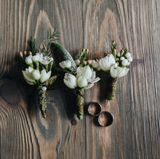 Bridesmaid's Bouquets and Wedding Rings