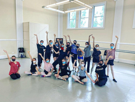 Circle Up: 11 Findings from Teaching Dance In-Person