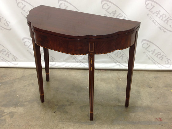 AMERICAN MADE - COLLAPSABLE SOLID MAHOGANY MYERS CARD TABLE BY HENKEL HARRIS