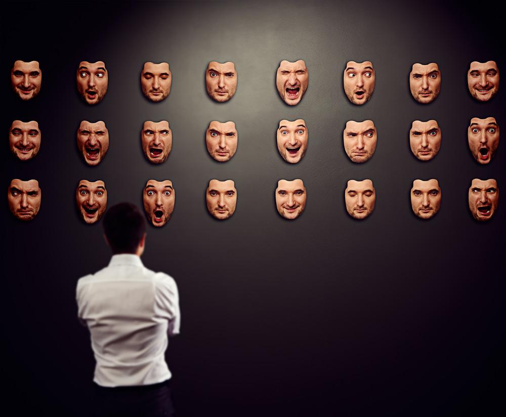 máscara de emociones