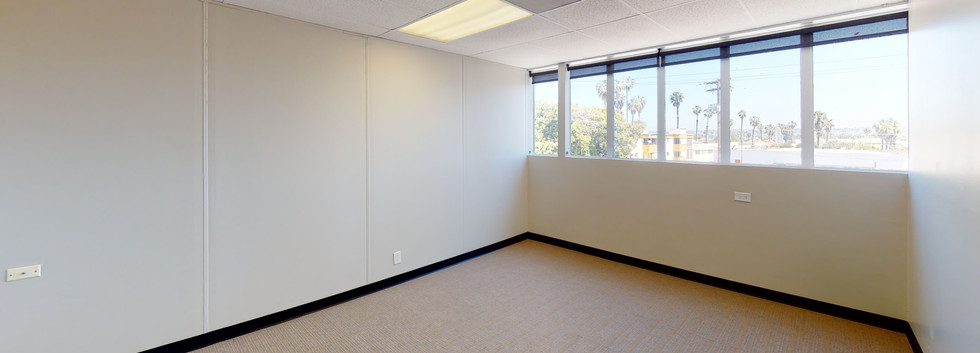 Suite 200 - Private Office