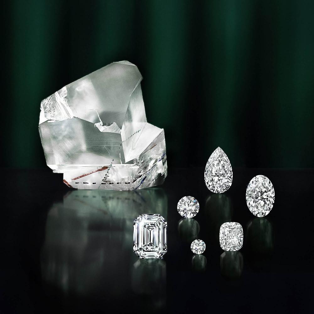 Lesedi La Rona Rough cut with 6 polished diamonds of it. images courtesy of Graff Diamonds.